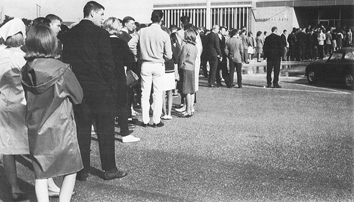 Registration Lines 1966 - from yearbook
