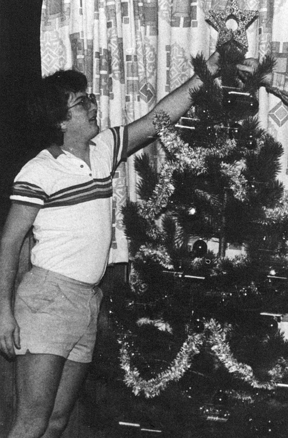 Christmas Tree decorating 1985